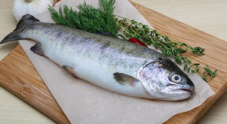 Более 500 кг некачественной рыбы и красной икры изъято из розничной сети Саратова