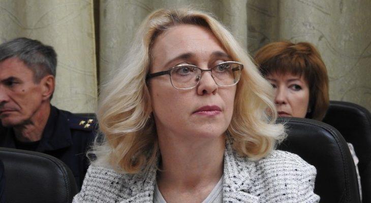 Министр образования области Елена Нерозя поручила взыскание от губернатора за неготовность школ к 1 сентября