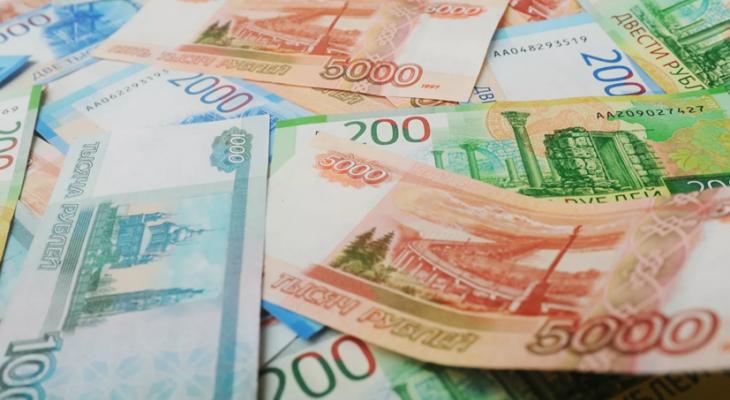 Работникам бюджетной сферы Саратовской области с 1 октября повысят зарплату